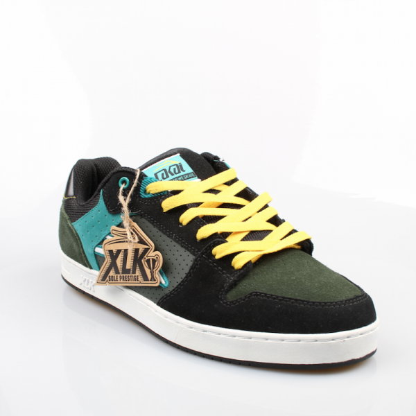 Lakai Schuhe Sutter XLK Color: green/black suede