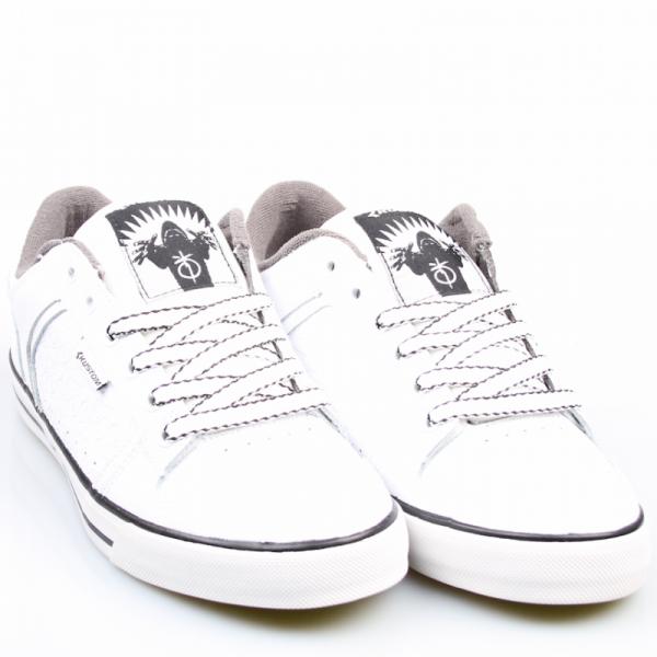 Kustom Schuhe Kerrupted white