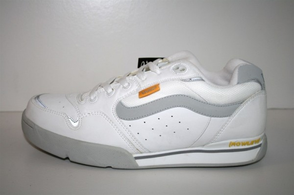 Vans Schuhe Rowley XLT Color: white/pearl